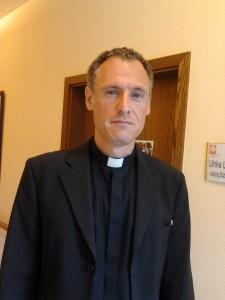 Priester_2